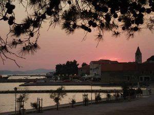 Берег моря вечером, Св. Филип и Яков