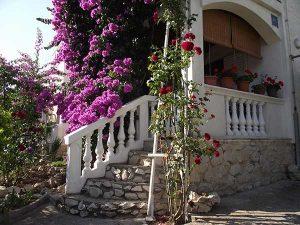 Главный вход в недвижимость в Хорватии