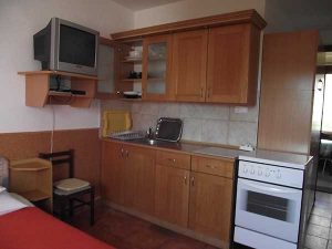 Кухня в апартаментах, Хорватия, Св. Филип и Яков